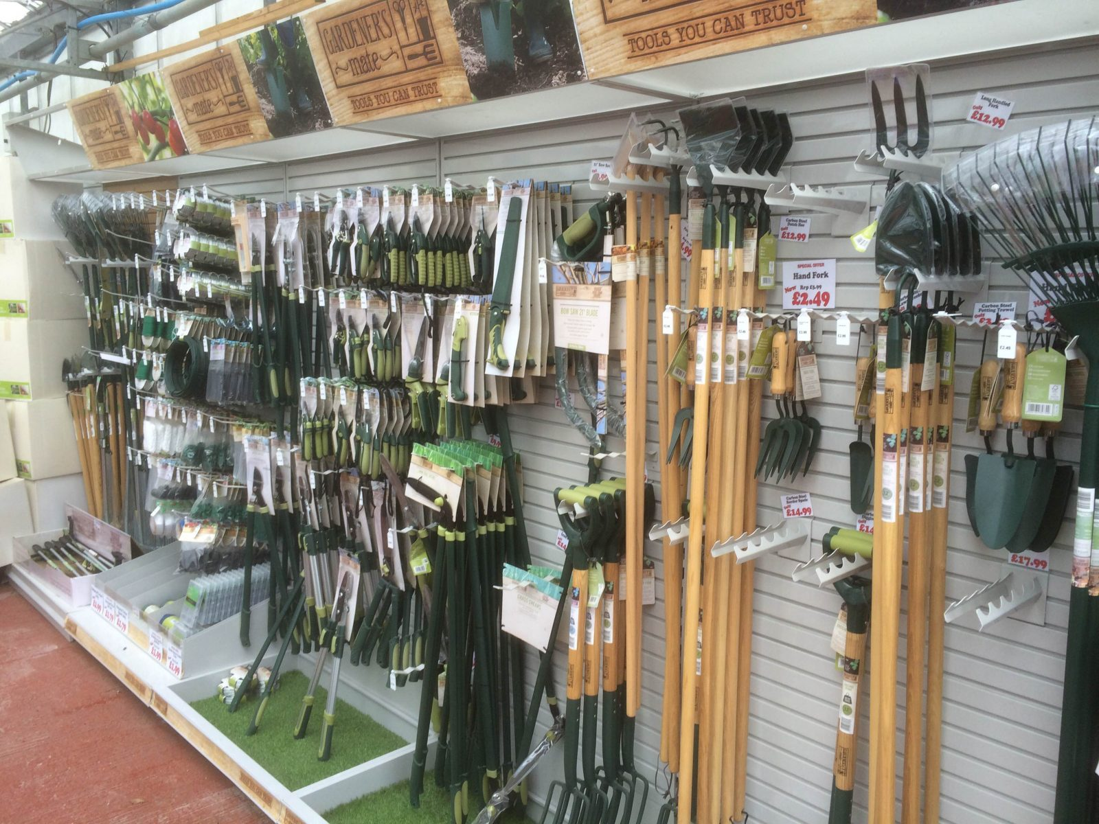 Garden tools sharnford garden centre for New gardening tools 2016